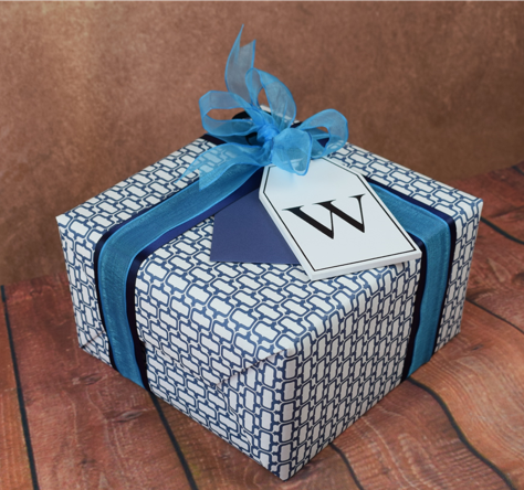 WRAPfinery - Mens Blue Pattern with Wooden Letter