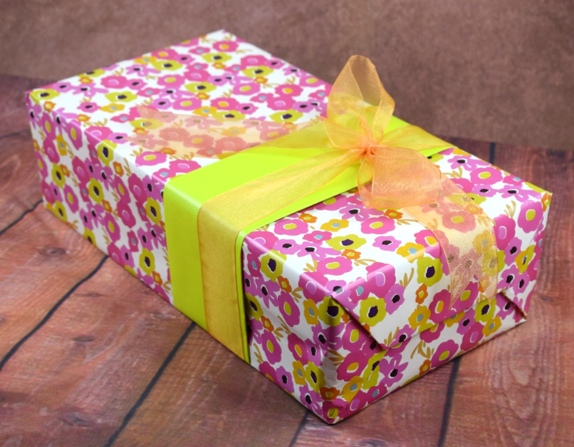 WRAPfinery - Teenager Pink Flowers with Orange Ribbon